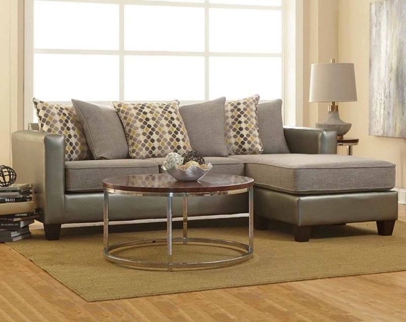 7828-quatro-canary-sectional-grey-silver