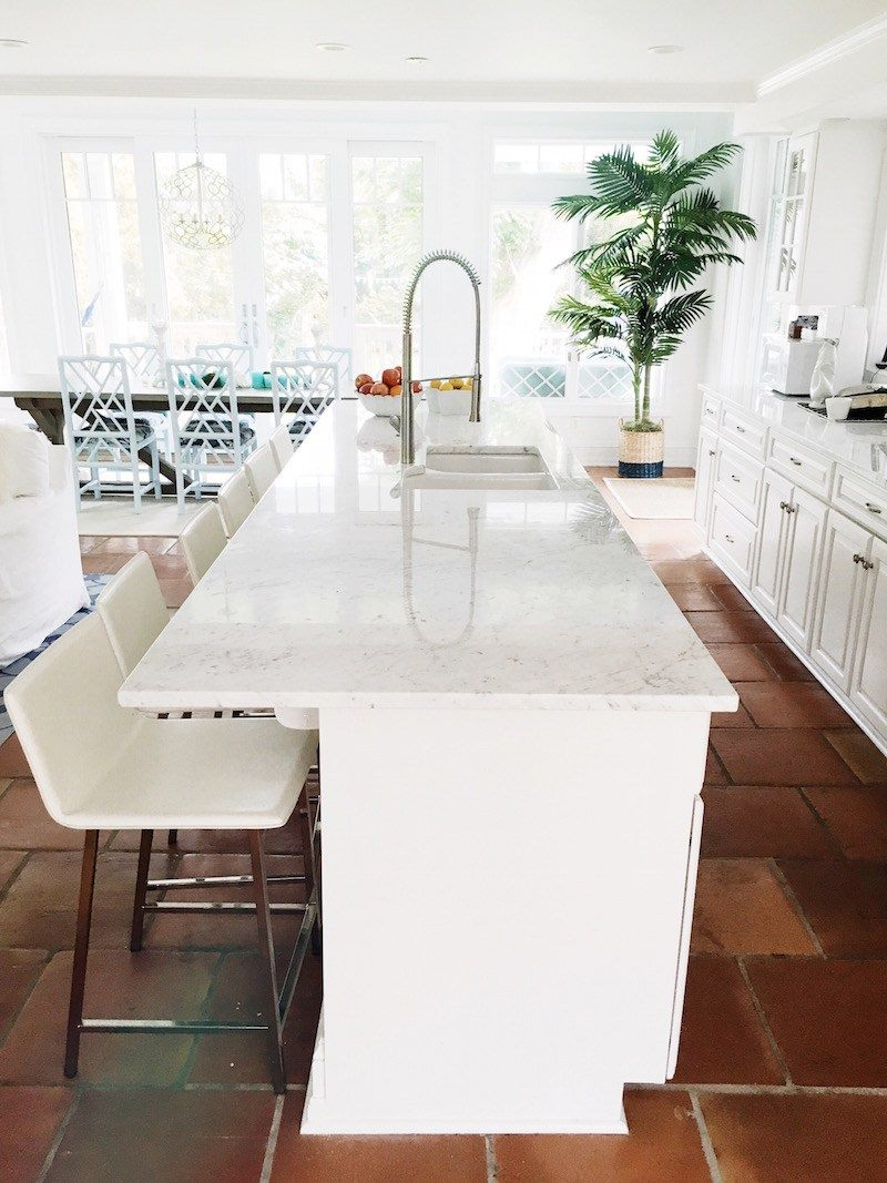 am-bright-white-kitchen-cococozy-1