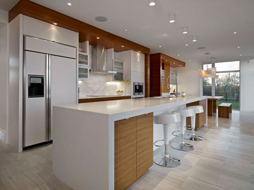 amazing-kitchen-breakfast-bar-design-ideas-with-long-white-island-bar-table-and-white-gloss-kitchen-stools-also-marble-backsplash