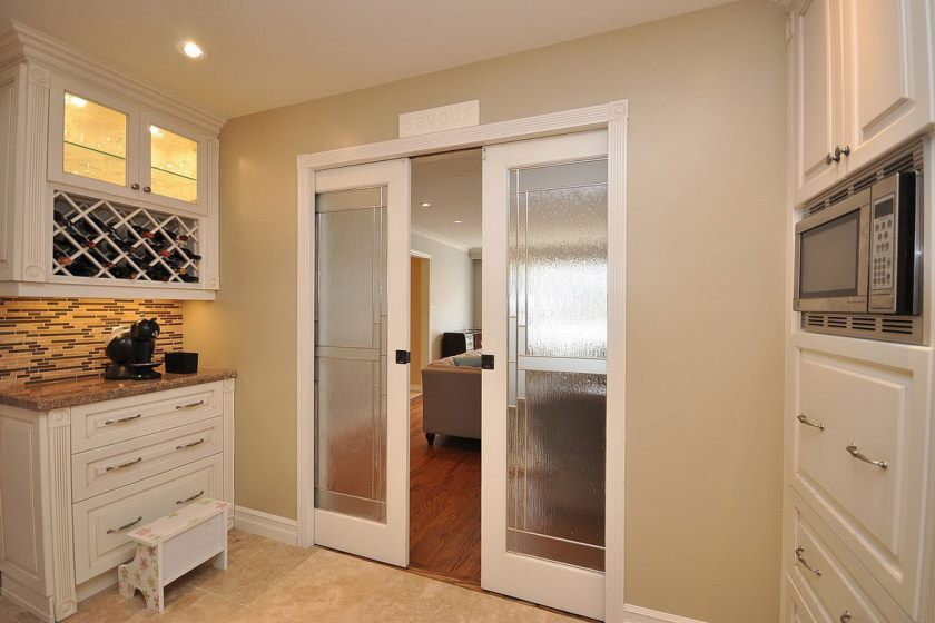 kitchen-with-sliding-doors