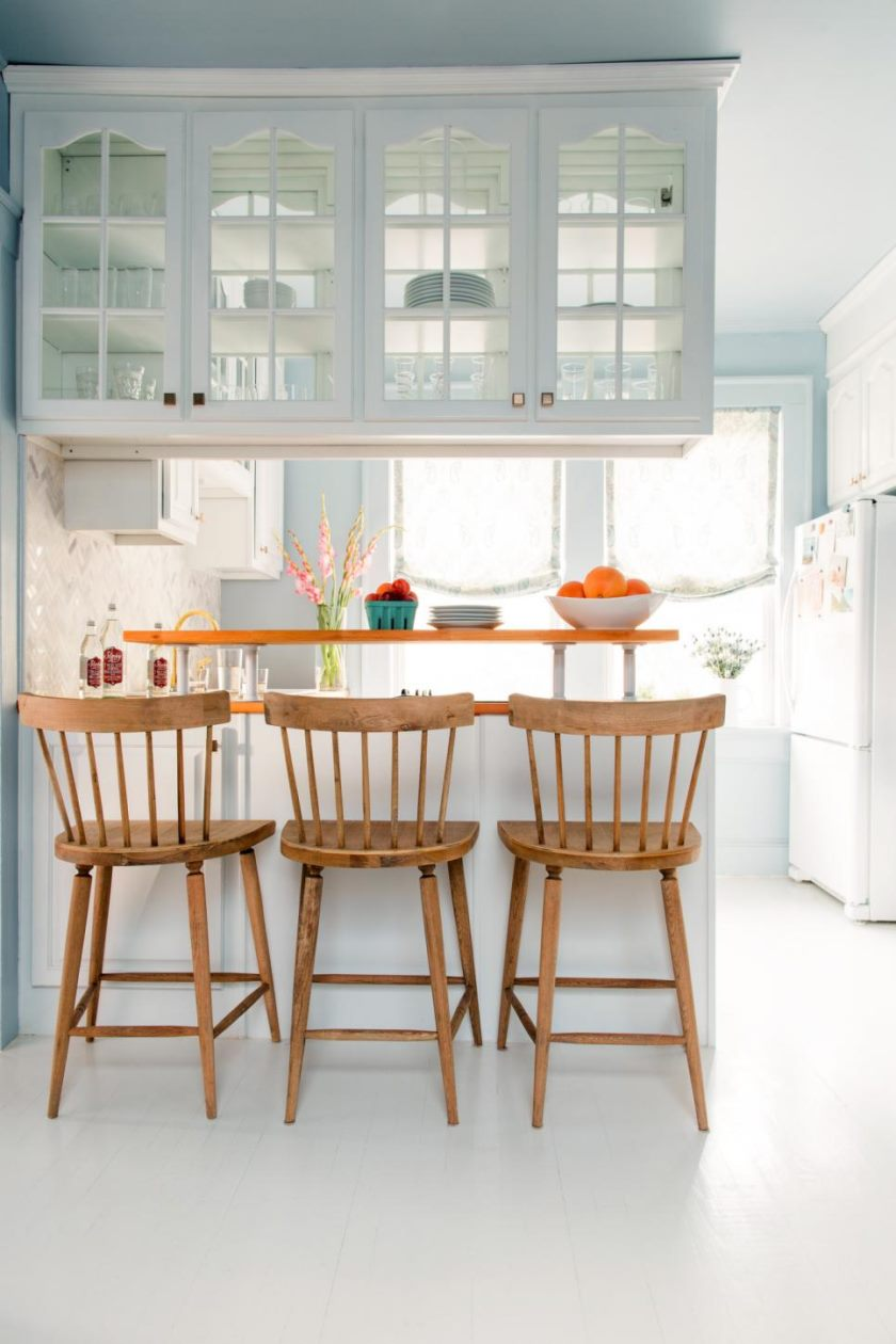 original_bpf_atlanta-apartment-makeover_bright-white-tiny-kitchen_using-every-inch-jpg-rend-hgtvcom-966-1449