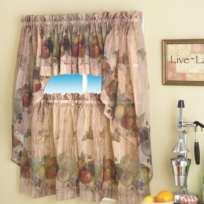 special-kitchen-curtain-with-apple-decor