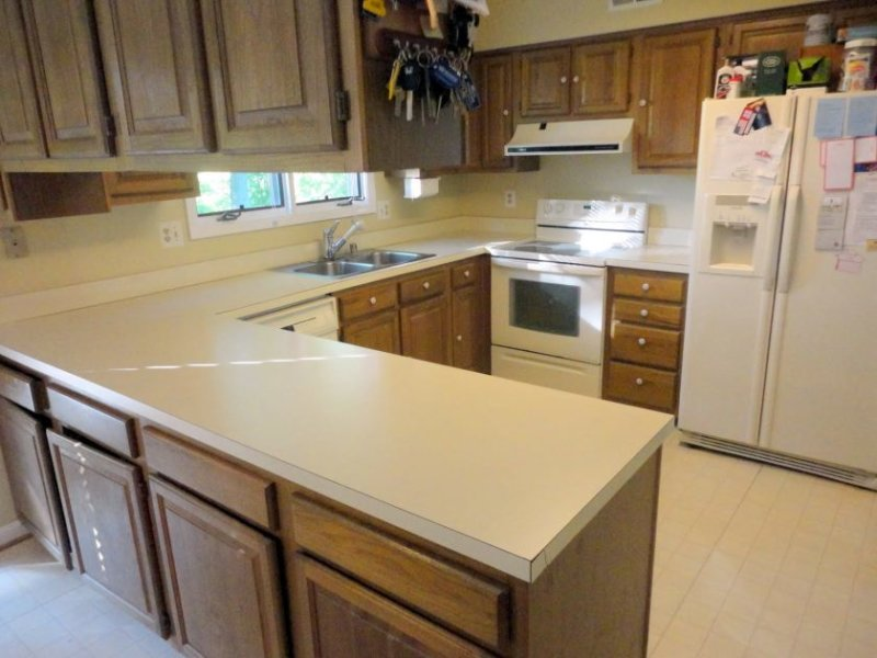 steps-replacing-kitchen-countertops