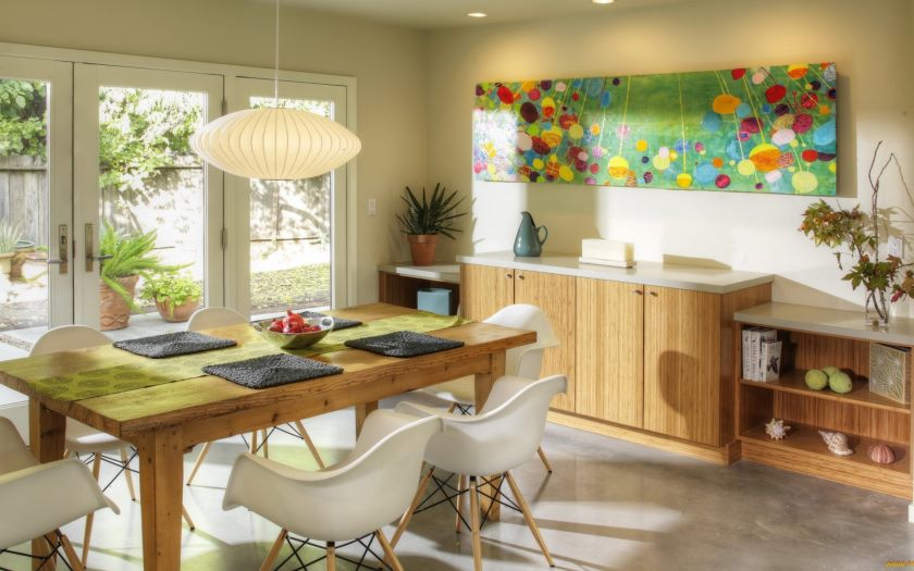 _the_wooden_dining_table_in_bright_kitchen_102782_