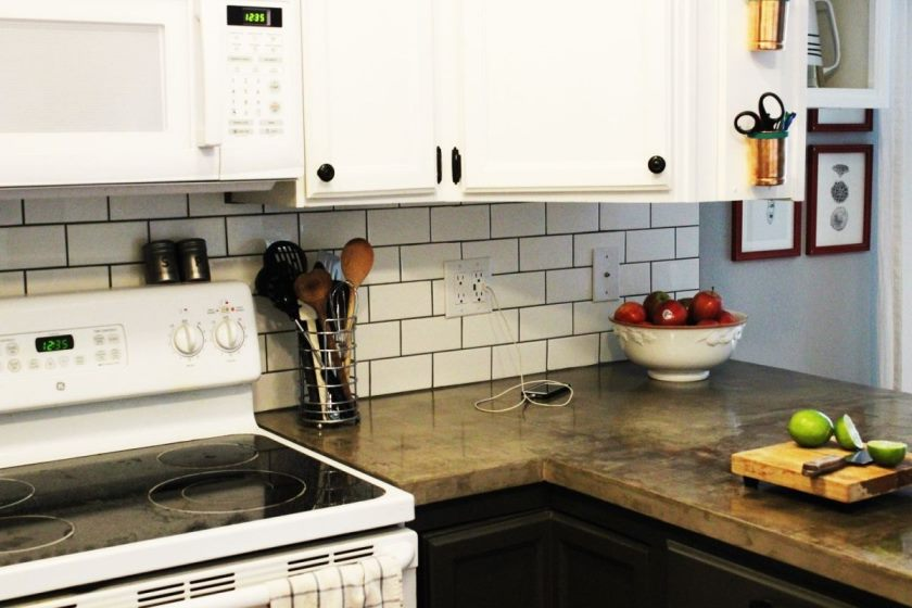 install-subway-tile-kitchen-backsplash
