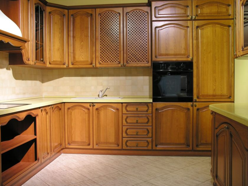 interesting-darki-brown-wood-stainless-rustic-design-solid-wood-kitchen-cabinet-l-shape-wood-teak-faucets-wall-oven-furniture-at-kitchen-with-custom-kitchens-plus-cabinet-makers-1138x854