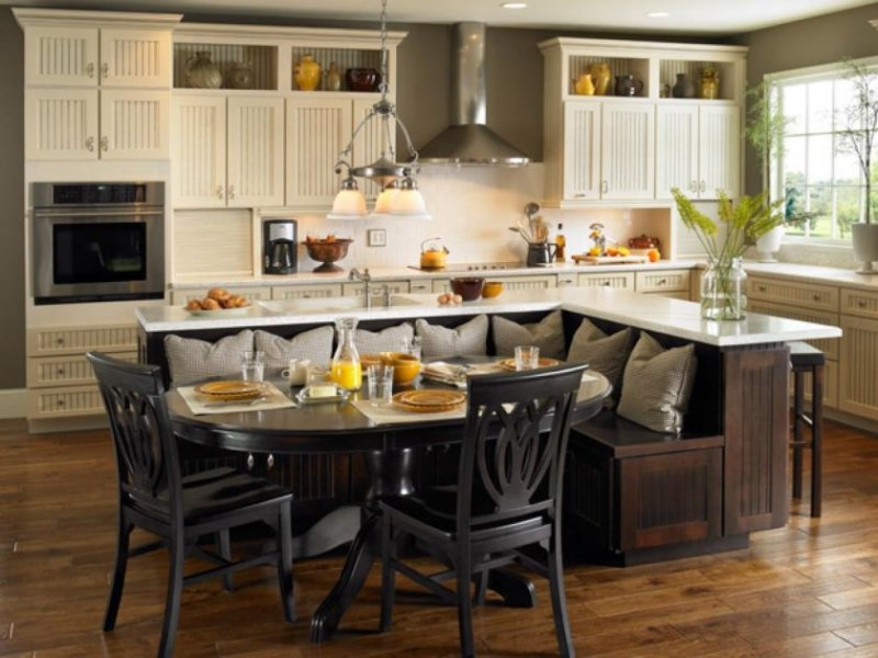 original_kitchen-islands-built-in-seating_s4x3-jpg-rend-hgtvcom-1280-960
