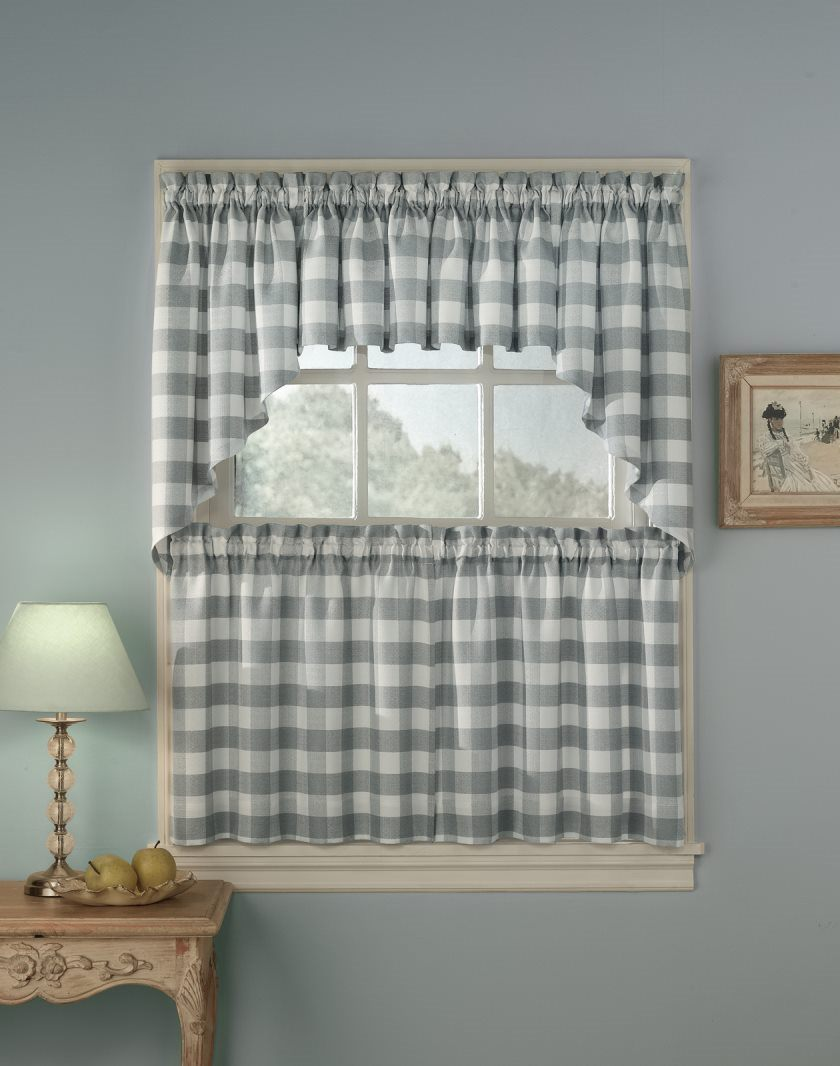 rowan-plaid-kitchen-curtain-1260x1599