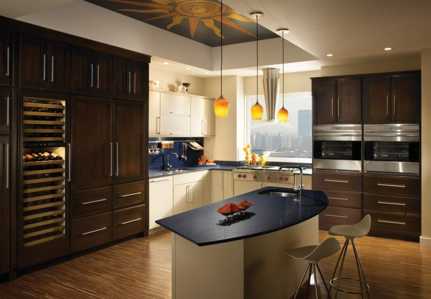 small-kitchen-with-ceiling-decorating