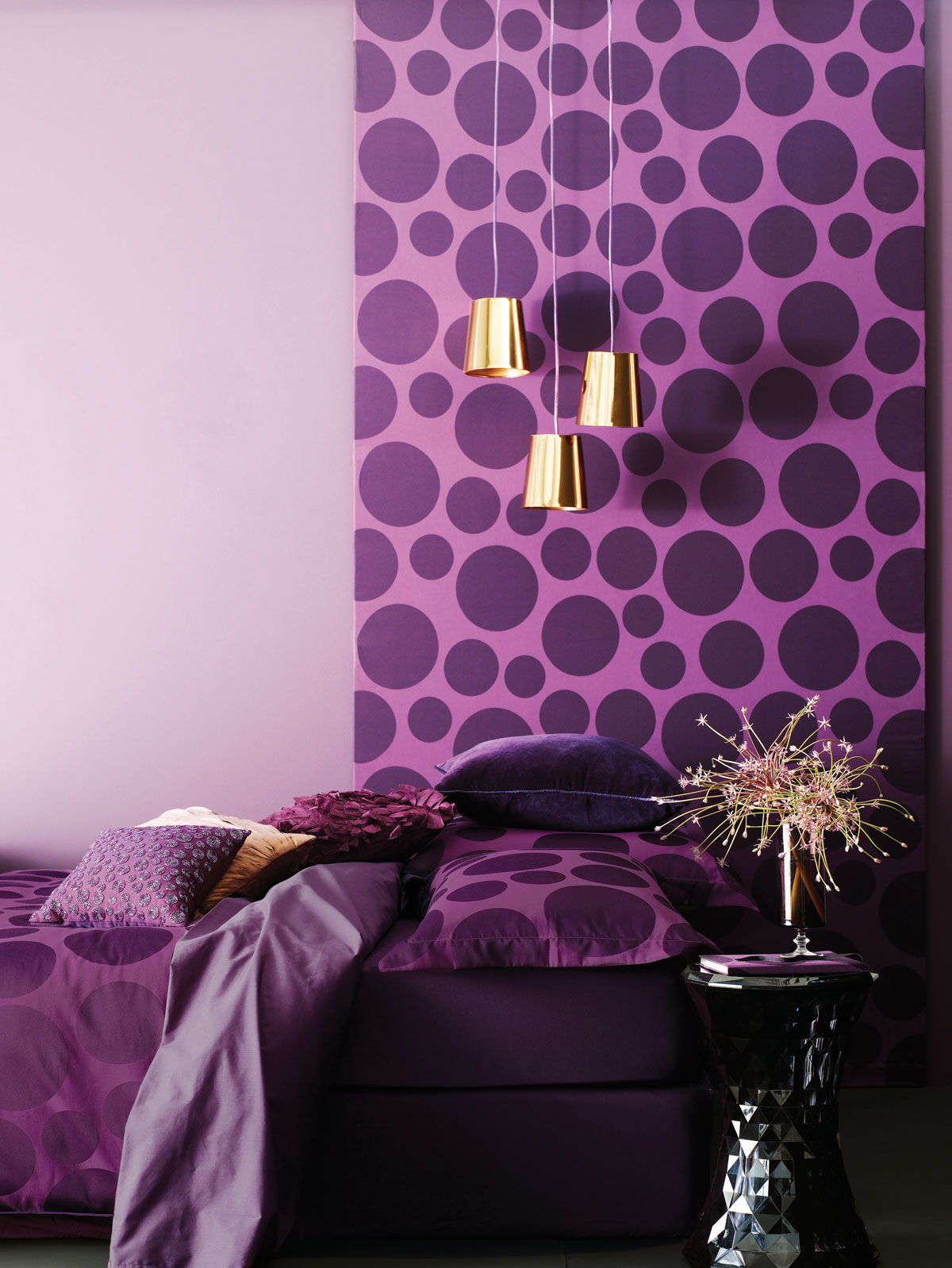 0ed11__wonderful-purple-bedroom-with-beautiful-wallpaper