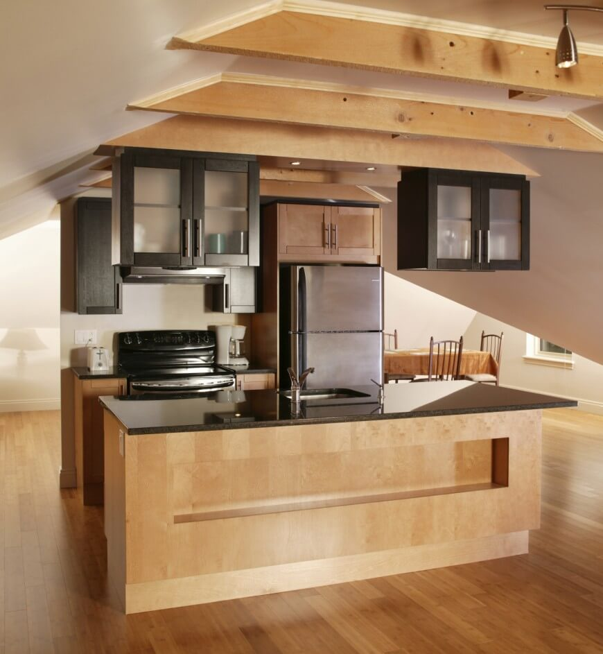 13-small-kitchen-feb19-870x943