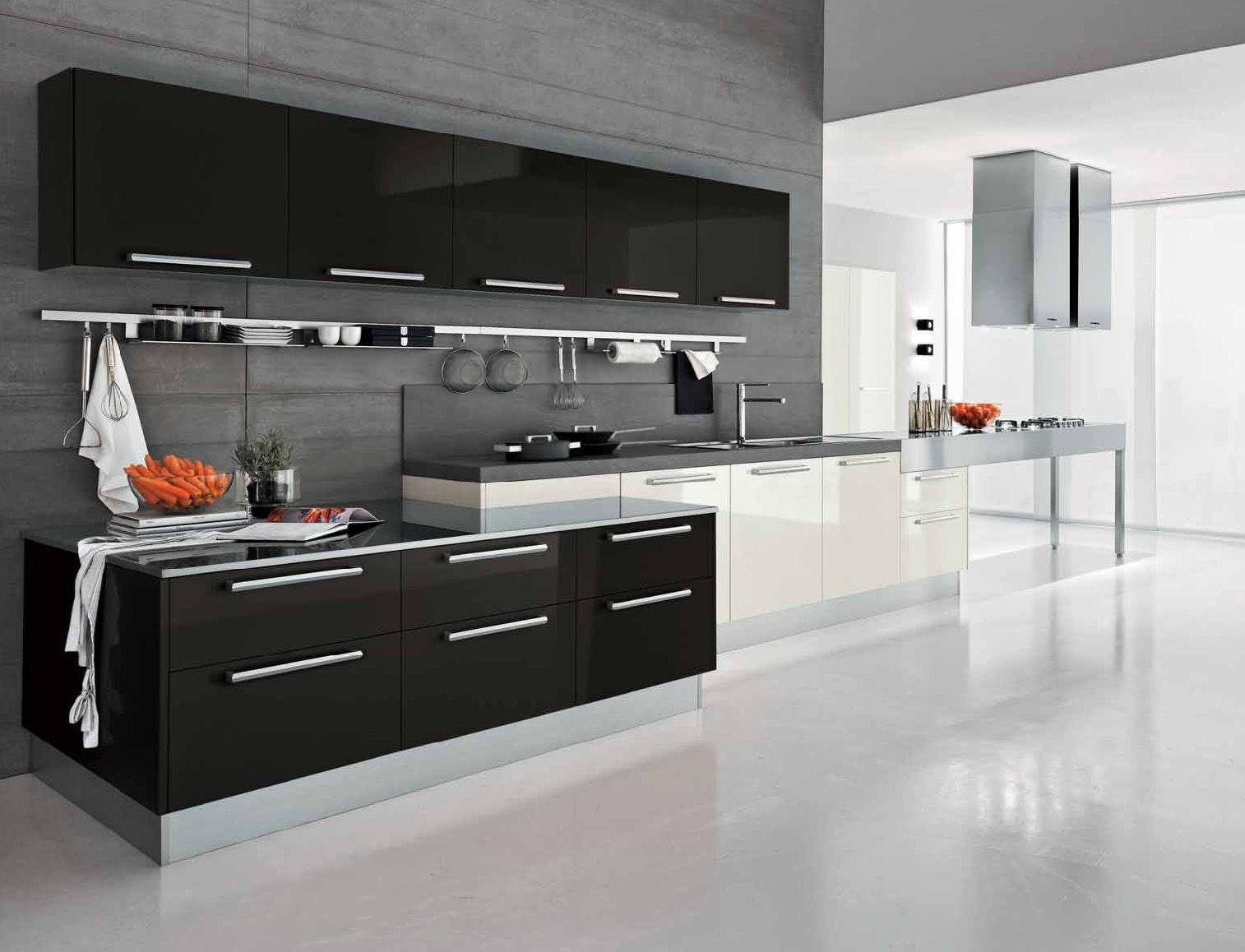 4-black-and-white-kitchen