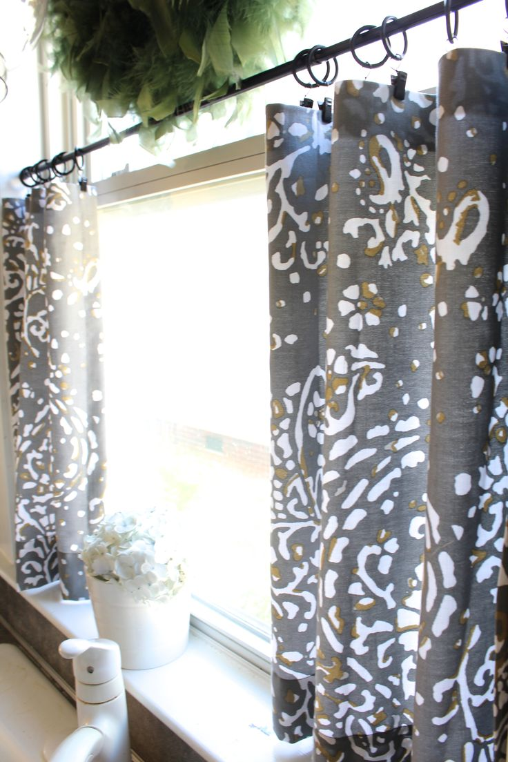 black-cafe-curtains-for-kitchen
