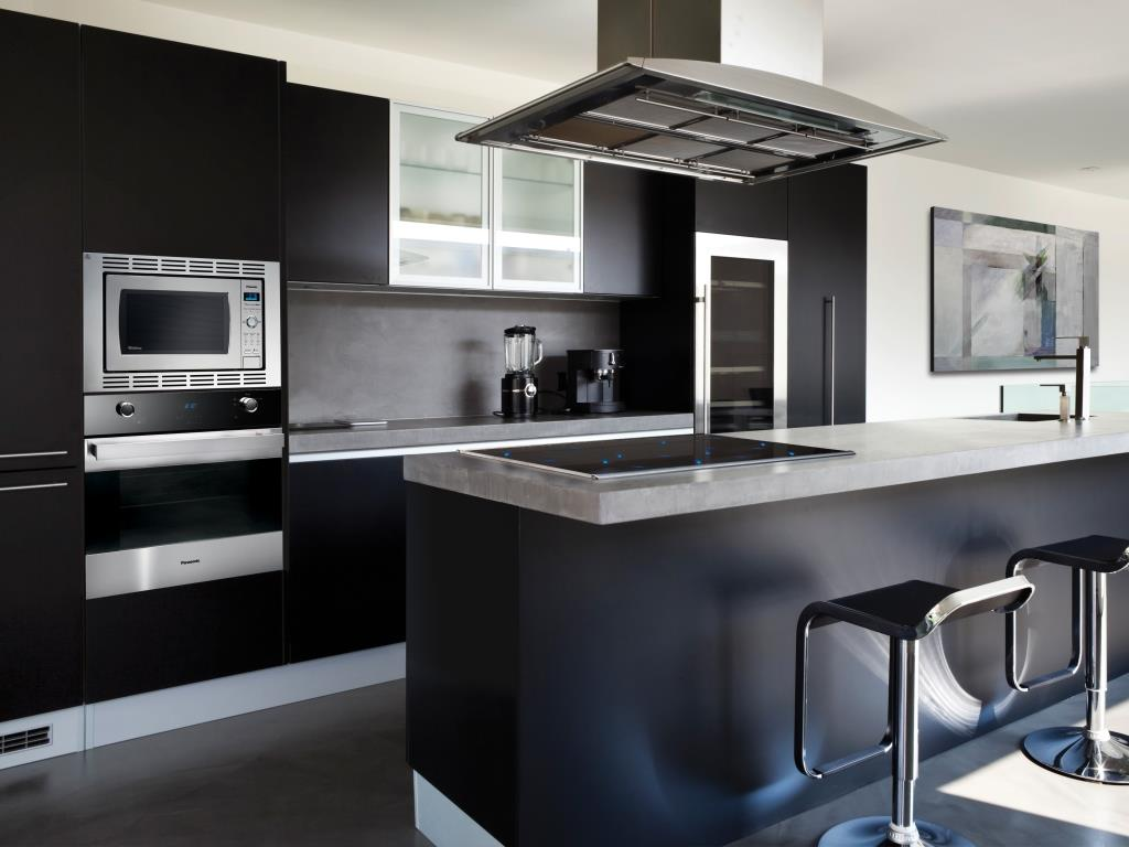 black-kitchen_panasonic-kitchen-suite