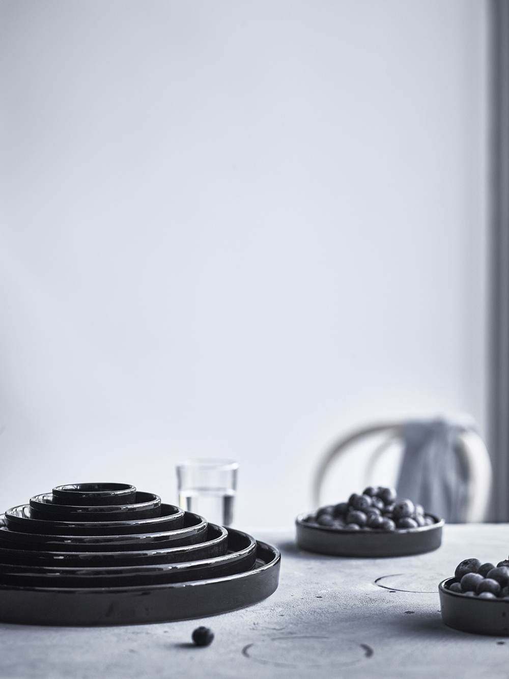 black-ceramics-from-ikea-new-viktigt-range