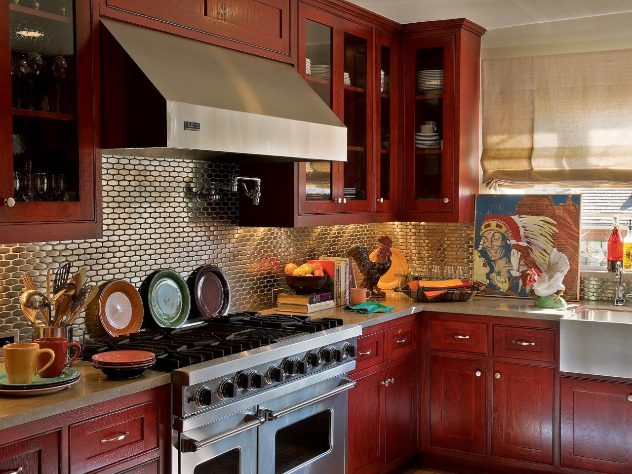 ci-farrow-and-ball-the-art-of-color-pg245_red-kitchen-cabinets_4x3-jpg-rend-hgtvcom-1280-960