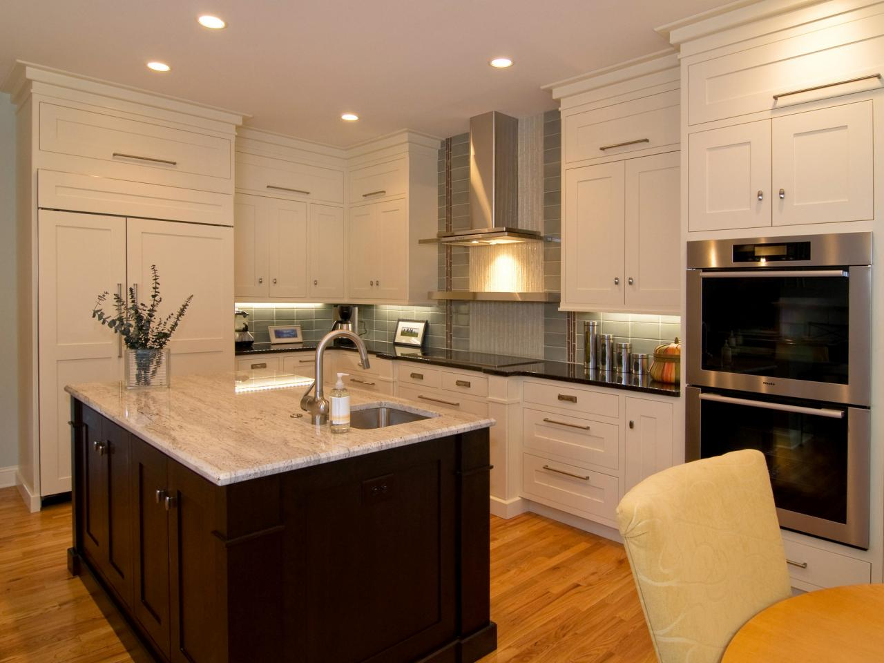 ci-mb-hargrove-shaker-kitchen-lead-image_4x3-jpg-rend-hgtvcom-1280-960