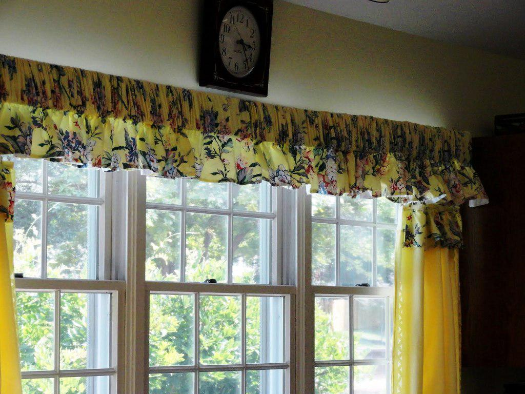 contemporary-kitchen-curtains-and-valances