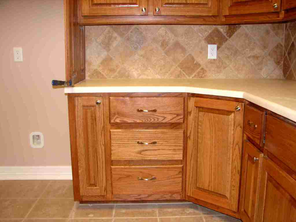 corner-kitchen-cabinet