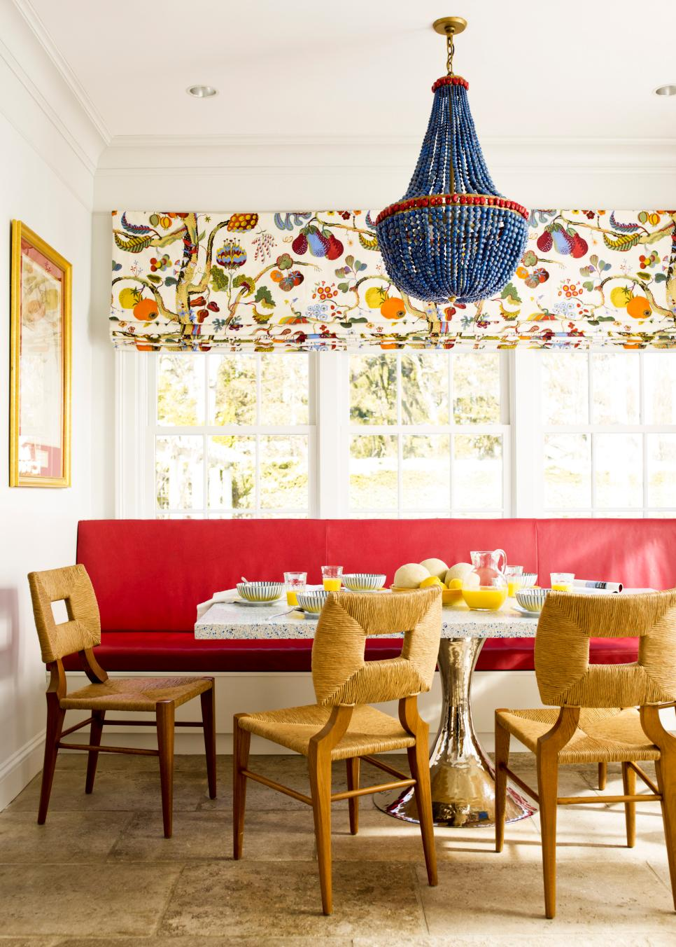 dp_kate-ridder-eclectic-red-dining-room-jpg-rend-hgtvcom-966-1352