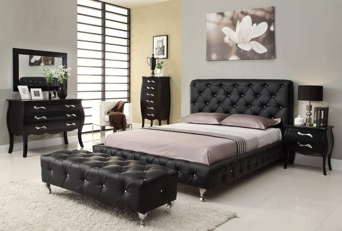 elegant-bedroom-furniture2