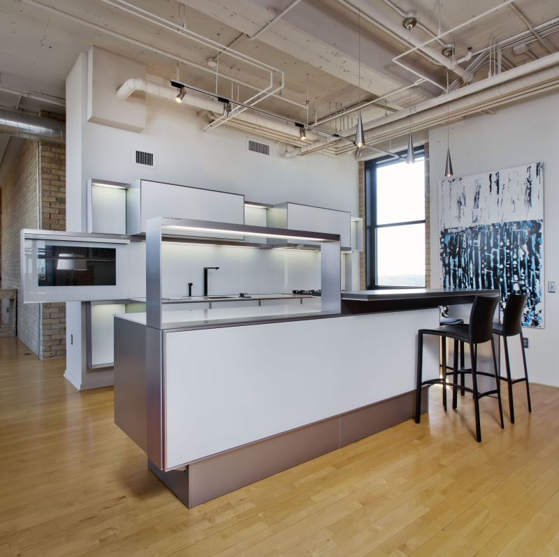 hires_poggenpohl-kitchen-studio-minneapolis-partners-4-desgin-interior-shot-p7340