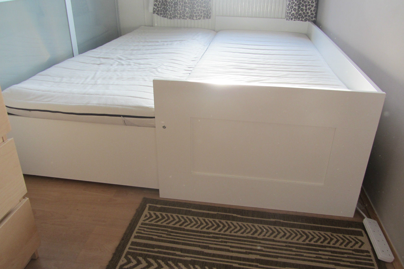 ikea-brimnes-day-bed-frame-with-3-drawers-and-_57