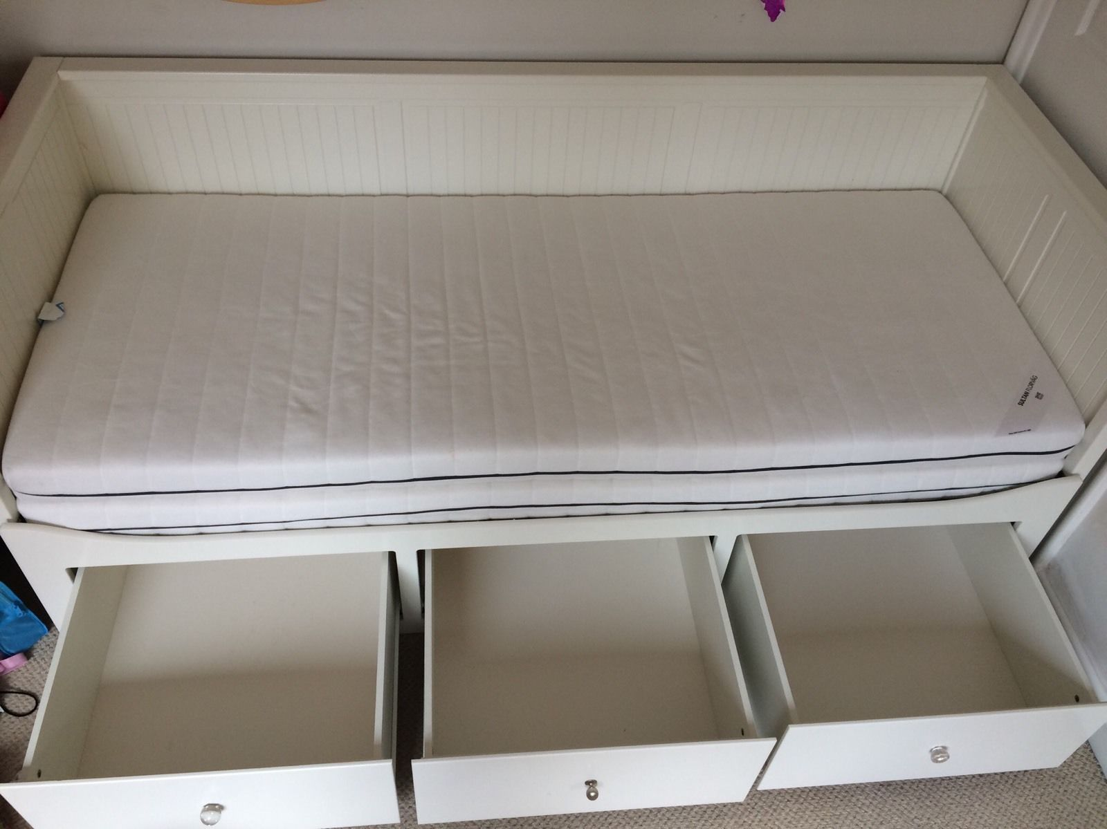ikea-hemnes-day-bed-with-two-mattresses-_57-1