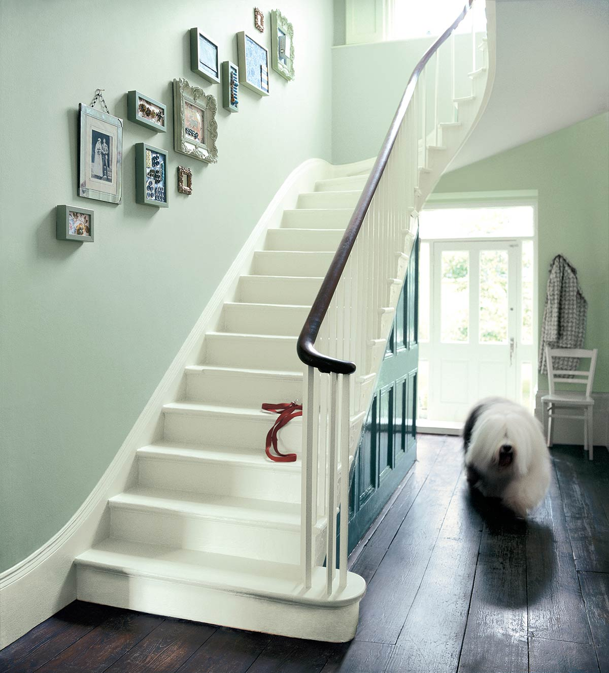 lovely-decor-ideas-for-small-hallway