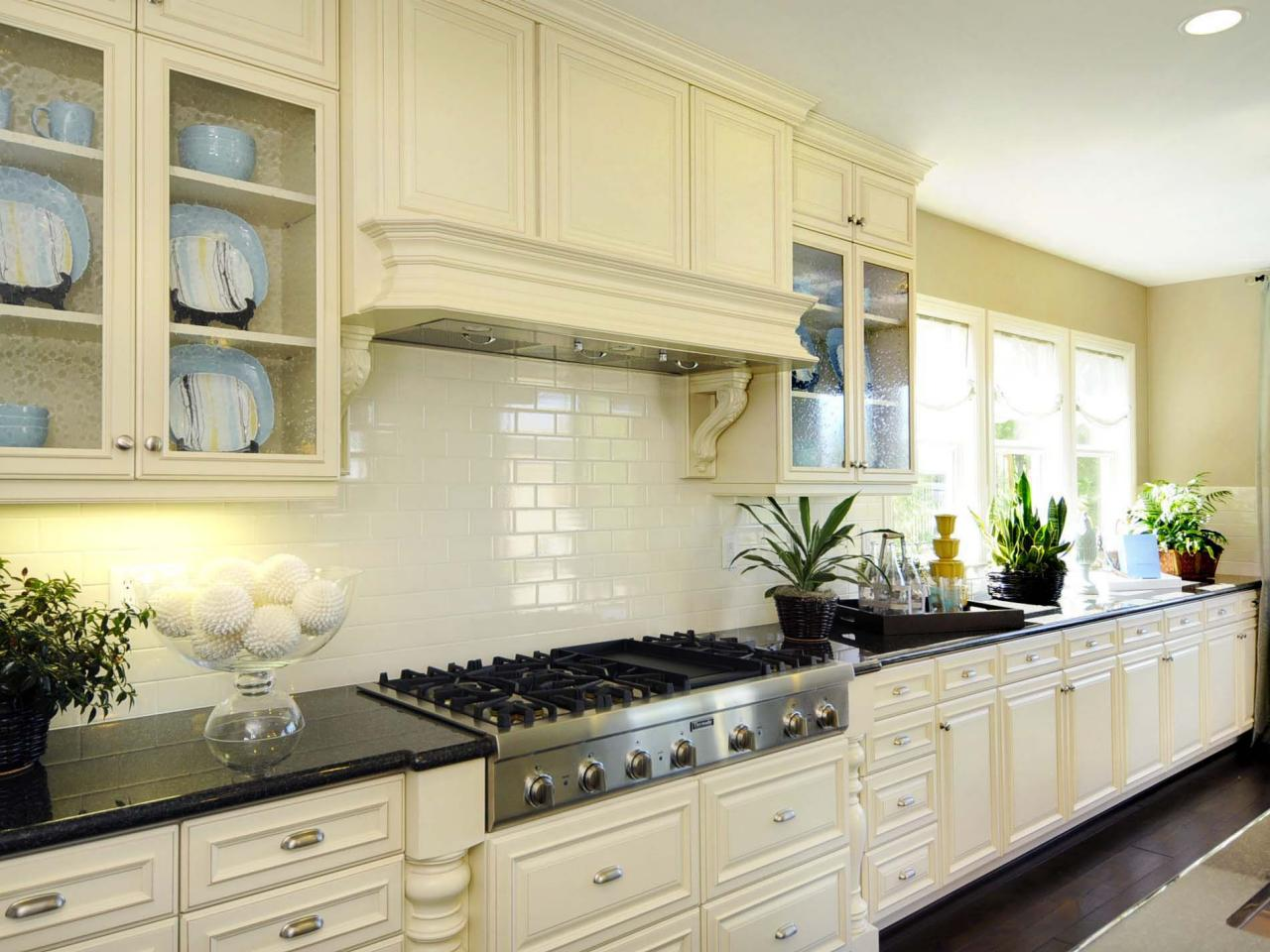 nice-classic-kitchen-tile-backsplash-ideas