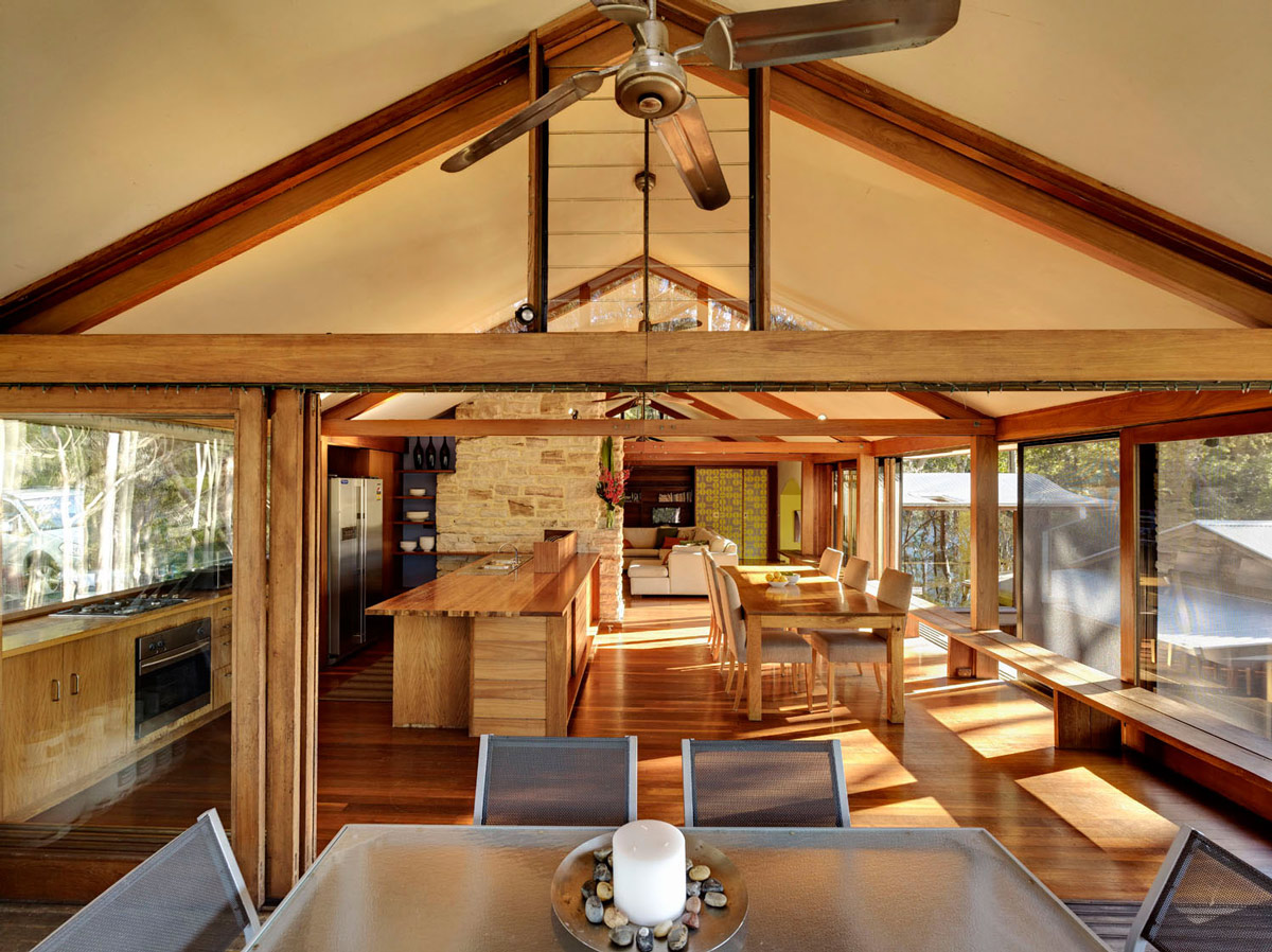 open-plan-dining-kitchen-living-treetops-in-sydney-australia