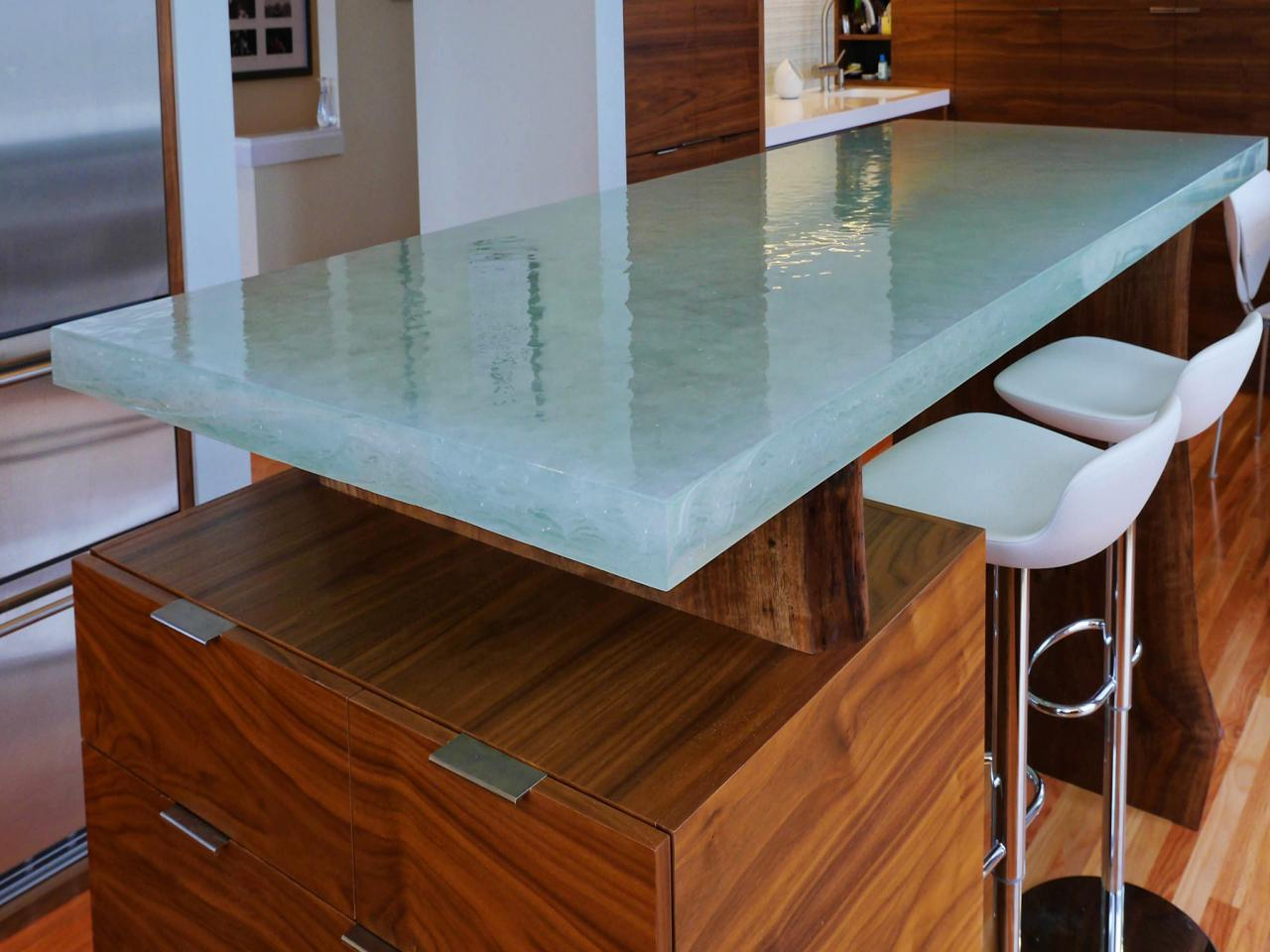 original_glassworks-glass-kitchen-countertop-jpg-rend-hgtvcom-1280-960