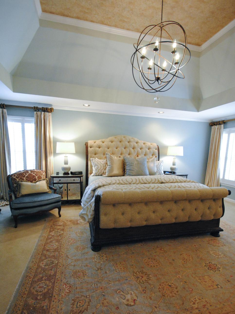 rs_paisley-mcdonald-yellow-transitional-bedroom-chandelier_3x4-jpg-rend-hgtvcom-966-1288