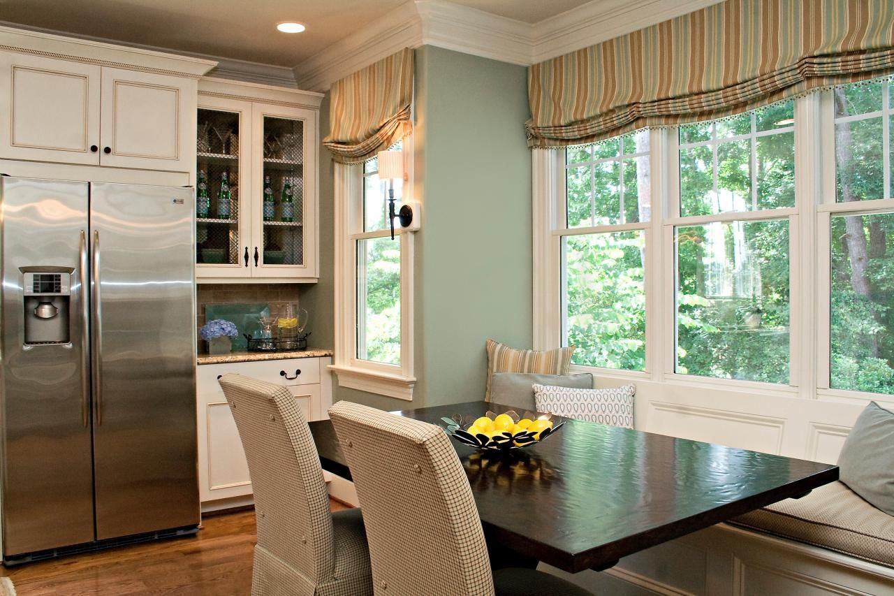 rebecca-driggs_family-kitchen_table-jpg-rend_-hgtvcom-1280-853