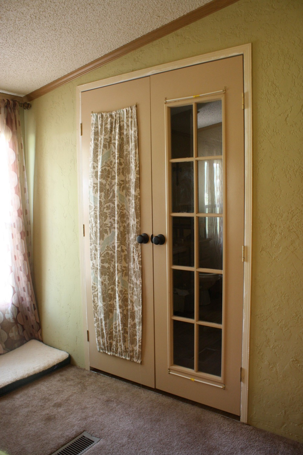 simple-french-door-curtain-panels-e1460107931210
