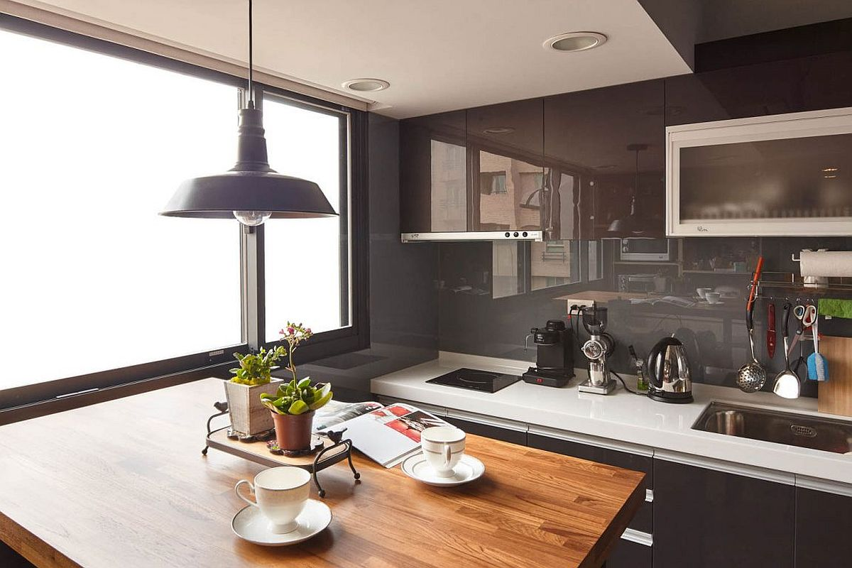 small-kitchen-in-the-corner-of-industrial-modern-taipei-city-apartment-with-a-tiny-dining-station