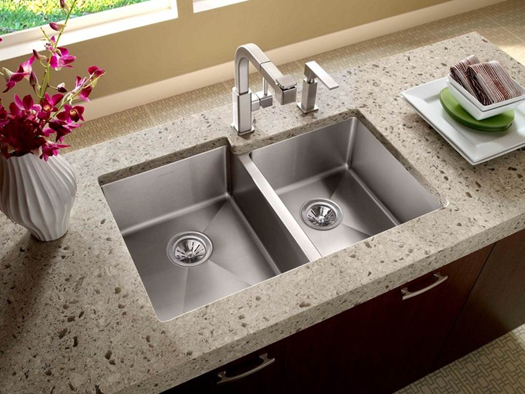 stainless-steel-kitchen-sink-undermount