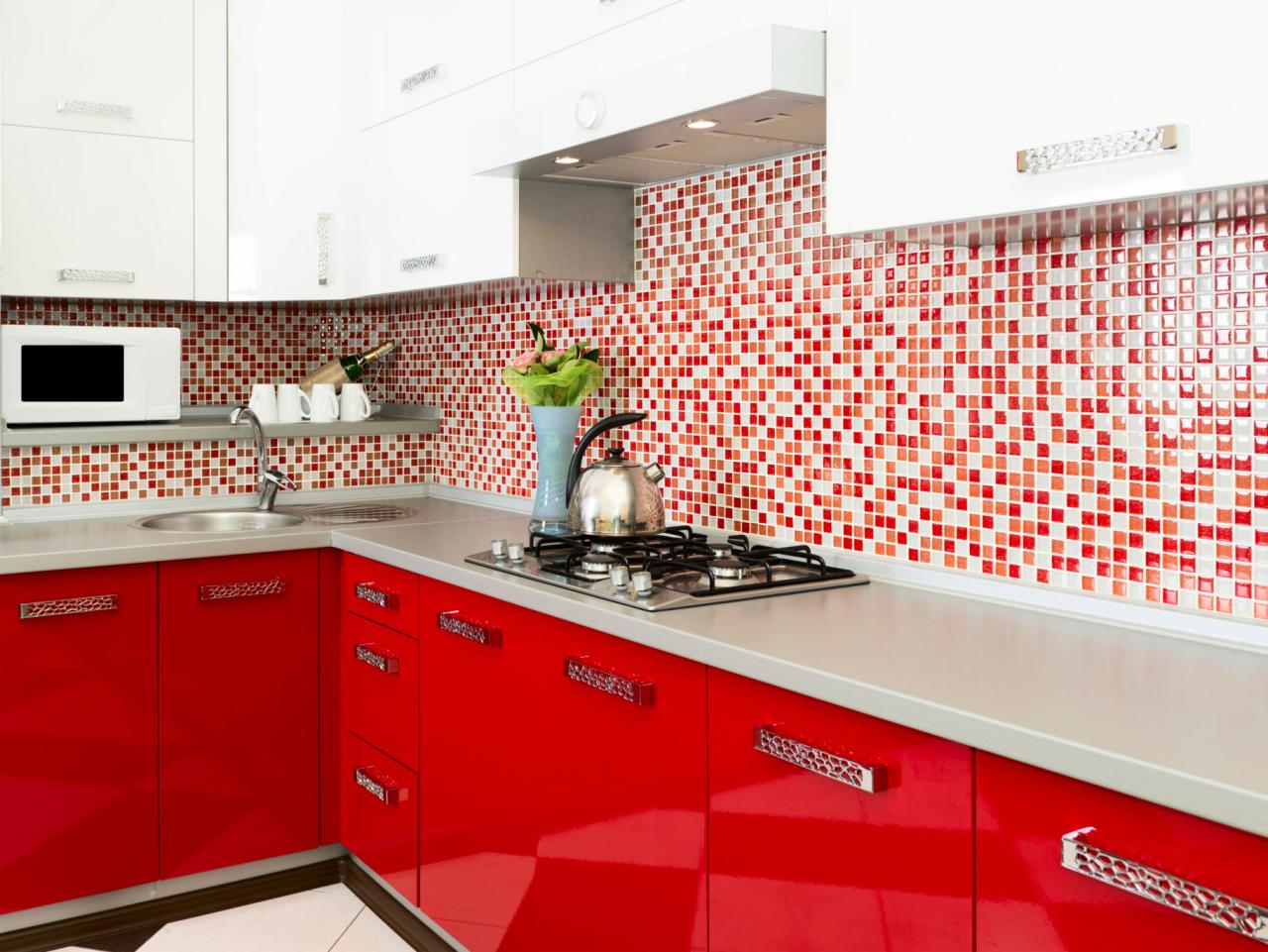 ts-159025550_modern-red-kitchen_s4x3-jpg-rend-hgtvcom-1280-960