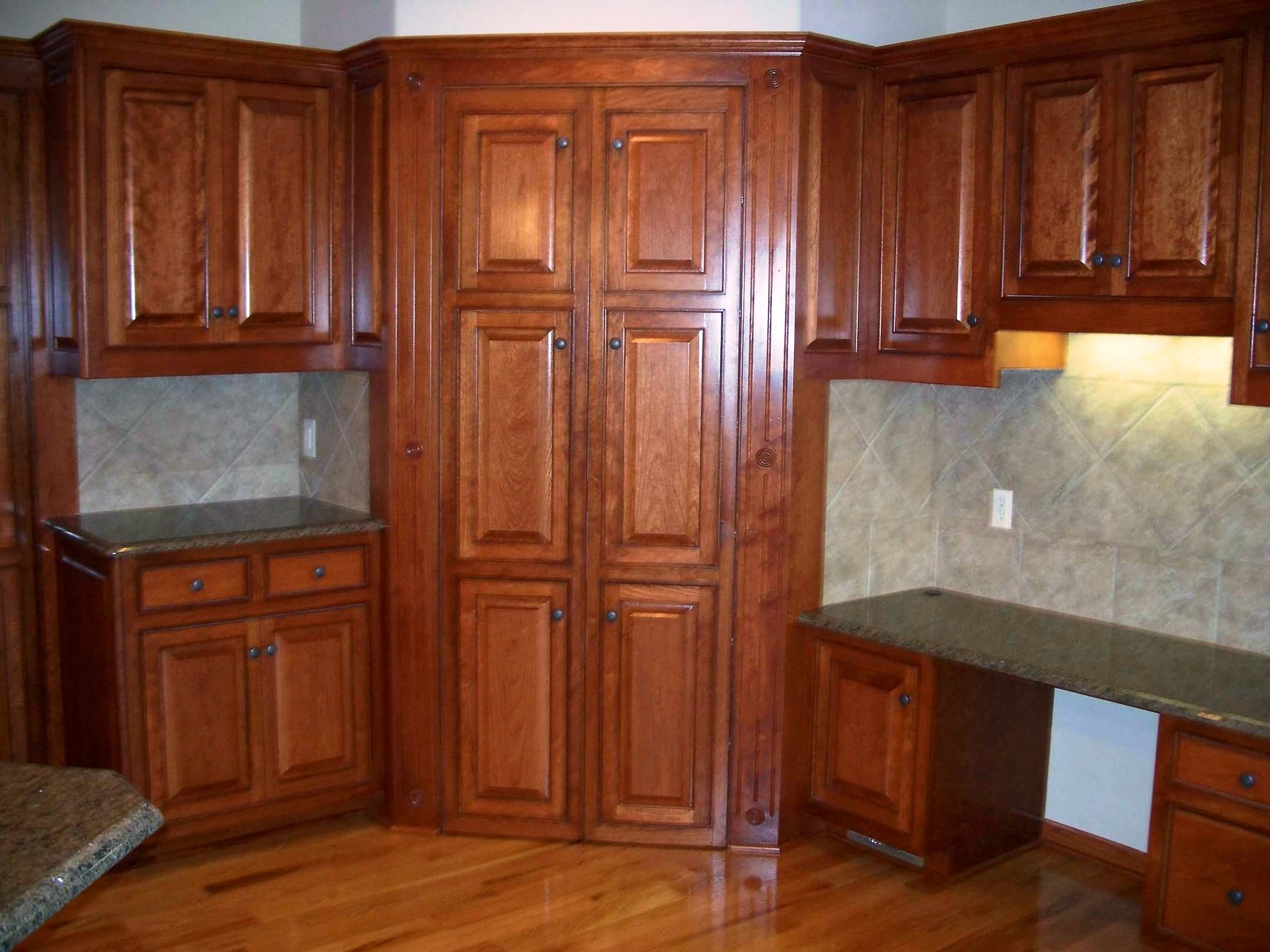 top-corner-kitchen-cabinet
