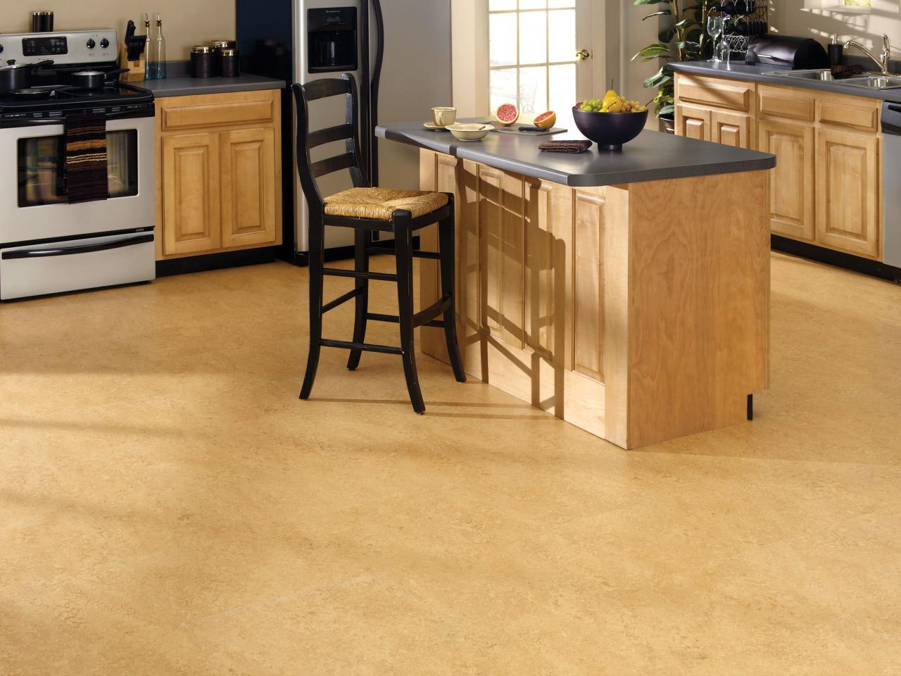 us-floors_corkoleum-kitchen_s4x3-jpg-rend-hgtvcom-1280-960