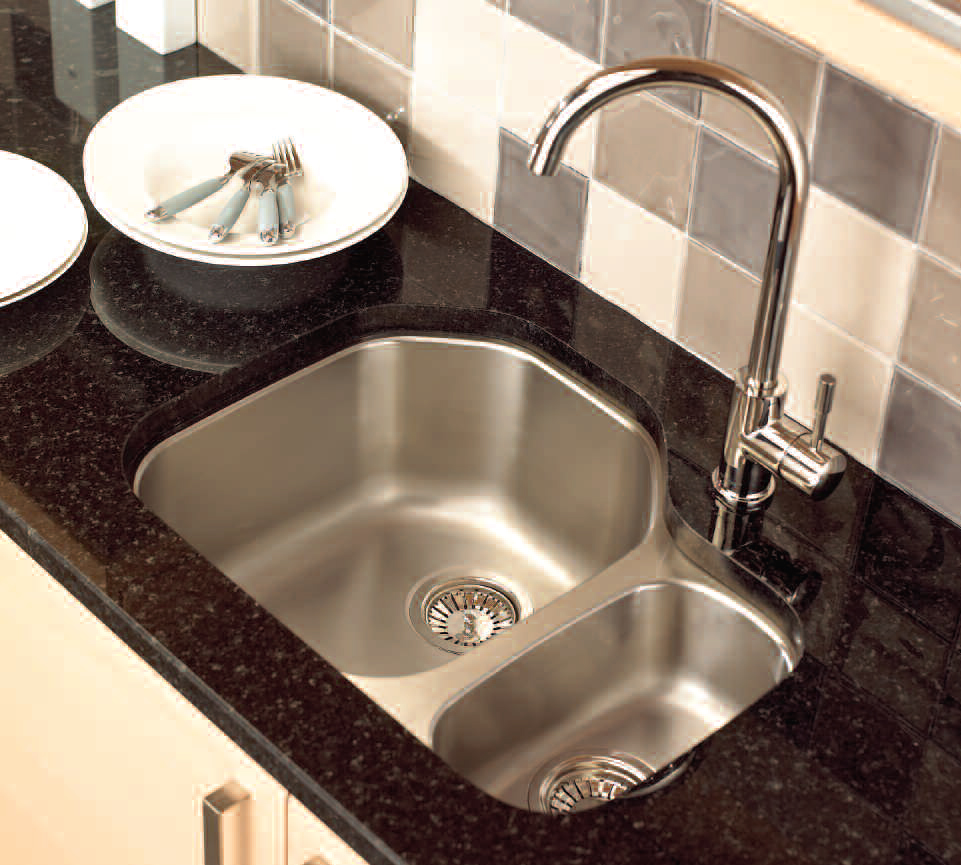 undermount-stainless-steel-kitchen-sink-with-black-marble