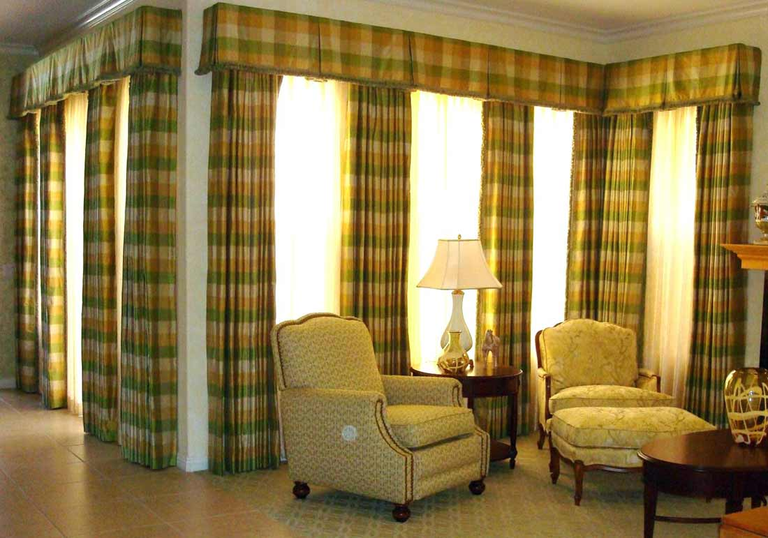 valance-and-short-window-curtains
