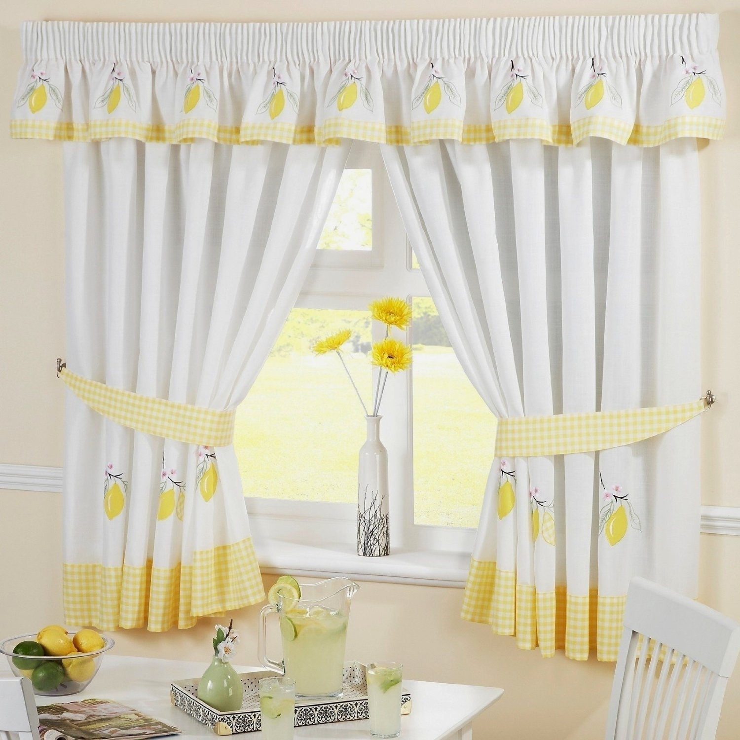 white-and-yellow-kitchen-curtains