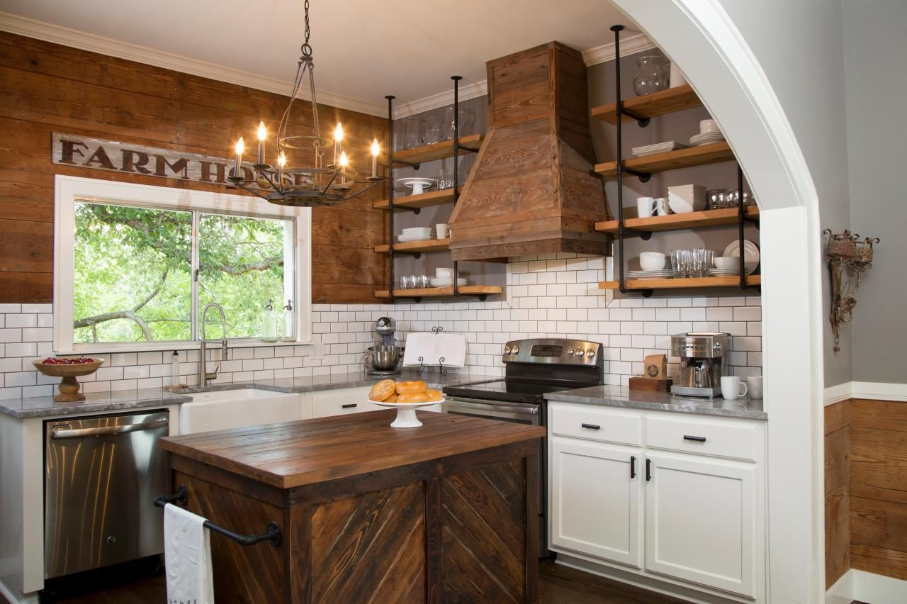 wood-walls-in-the-kitchen