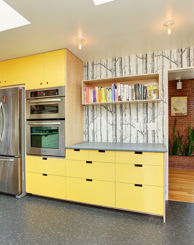 woods-wallpaper-in-the-modern-kitchen