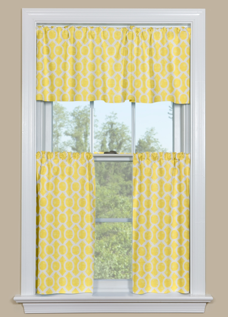 yellow-and-blue-kitchen-curtains-4