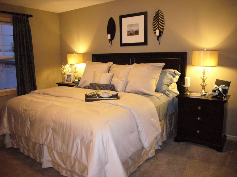 bedroom-beige-bedroom-color-finishing-for-neutral-nuance-combined-with-black-stained-wooden-bed-side-table-and-rounded-white-shade-table-lamp-neutral-color-bedroom-ideas