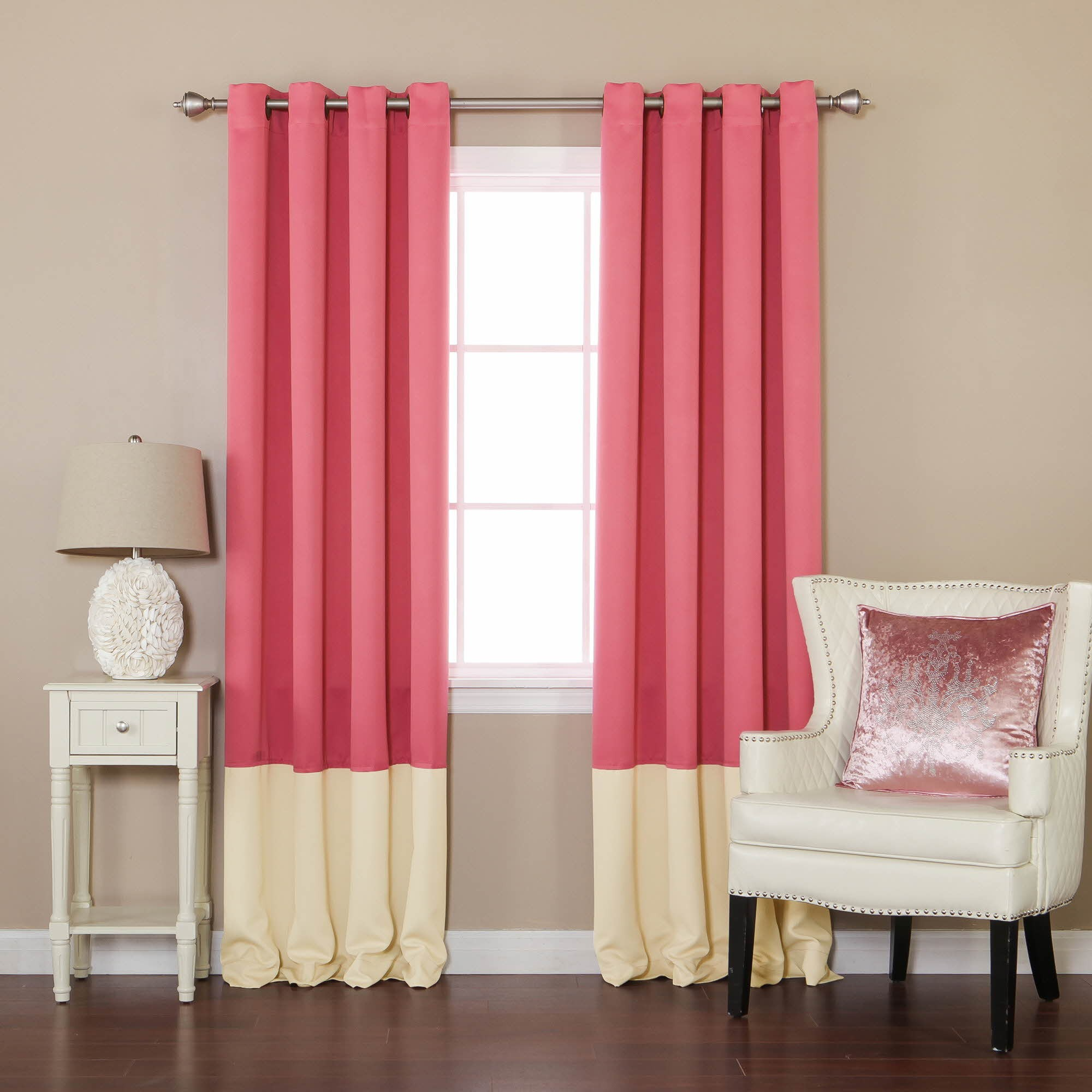 Small blackout curtains