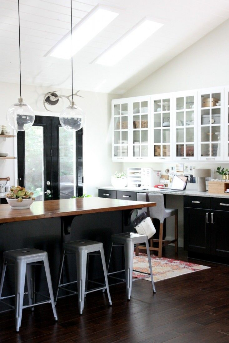 black-cabinets-with-glass
