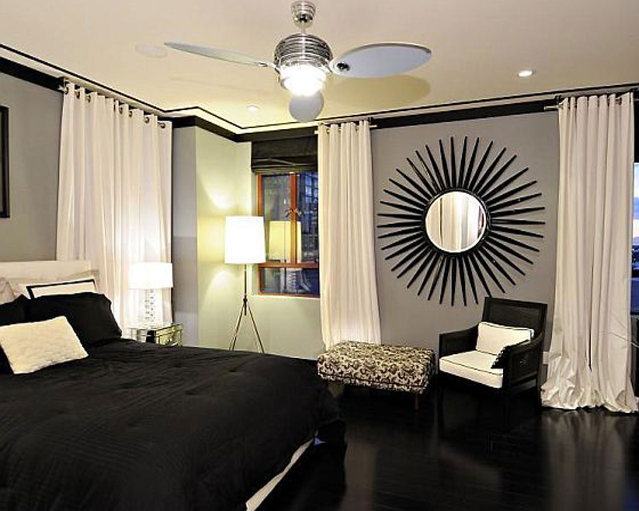 black-fancy-bedroom